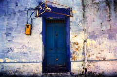 Dan Young - Blue door - foto